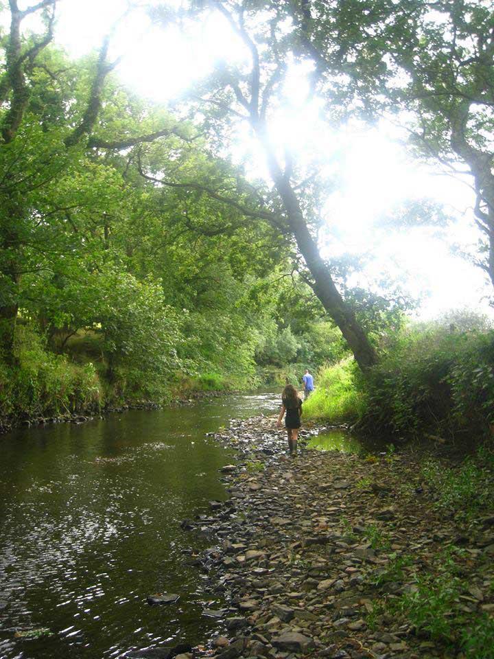 riverside-walk